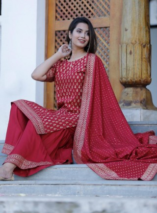 Women Maroon & Printed Kurta with Palazzos & Dupatta